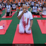 PM Modi Performs Asanas In Rain, Thousands Join Him: 10 Points
