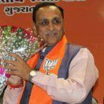Gujarat swearing-in LIVE UPDATES: Vijay Rupani takes oath as CM, Nitin Patel as Deputy CM