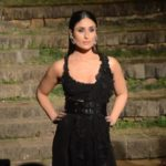 Kareena Kapoor looks stunning in Anamika Khanna outfit at LFW finale. See pics