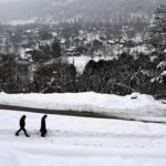 Kashmir: Snowfall snaps land, air links to Valley