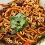 Stir Fry Udon Noodle with Black Pepper Sauce