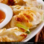 Undeniable Stages We All Go Through While Eating Momos