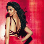 Deepika Padukone rocks the ethereal look. But it is her smile which is doing wonders, see photos